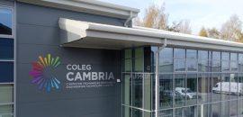 Coleg-Cambria-Bersham-Road-Exterior-Signage_web